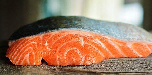comida de lujo para solteros salmón